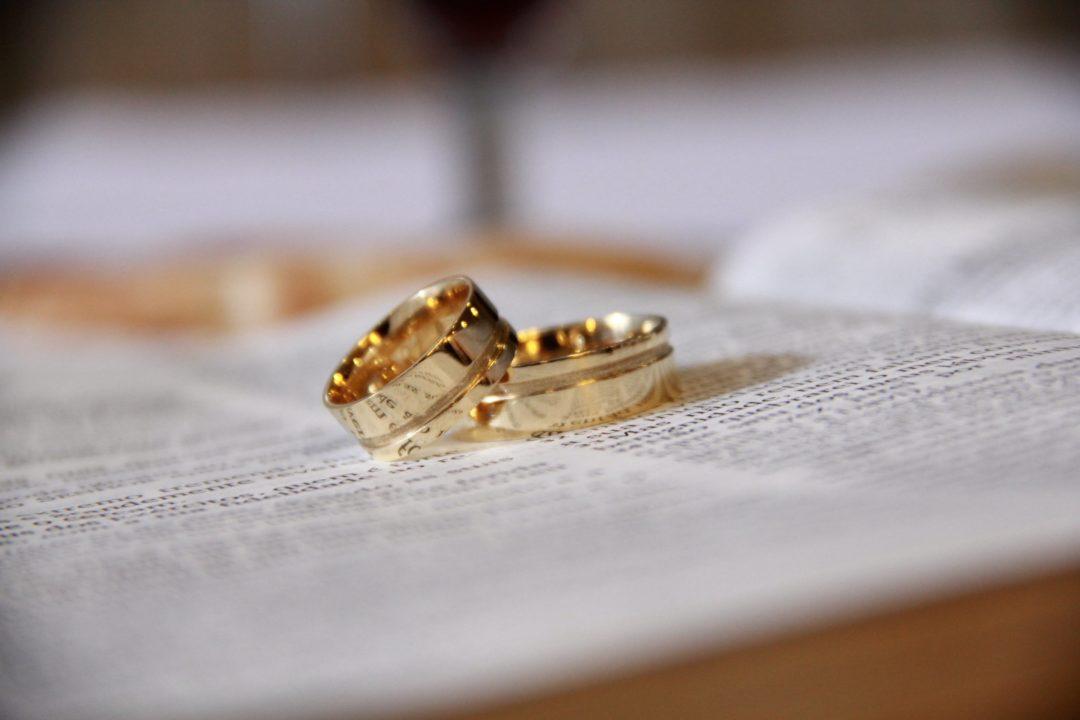 comment nettoyer ses alliances mariage